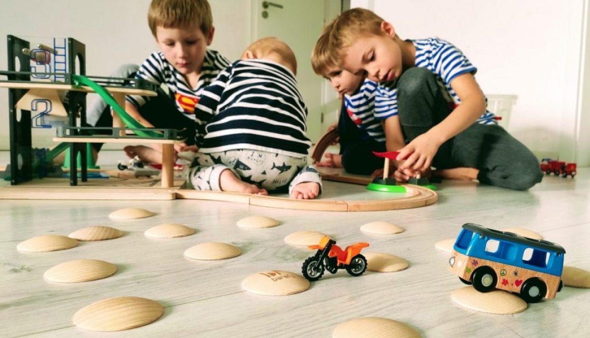 DOTS bolo nudy! štýlové barefoot piškótky DOTS na podlahu ako súčasť detskej kreativity