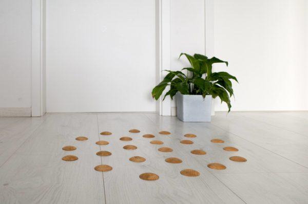 DOTS active - design barefoot floor in living room for healthy feet