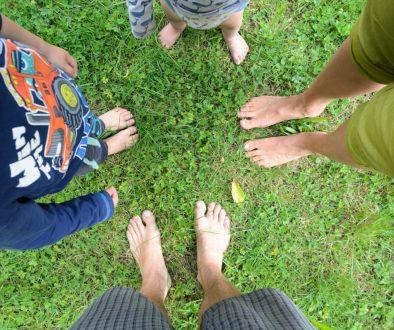 bosá rodina / barefoot family