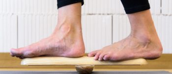 POLienka sú balančné prvky vhodné na jednotlivé cvičenie s možnosťou prekríženia polienok